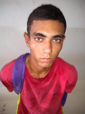 Morador de Cajobi é preso vendendo drogas em Severínia
