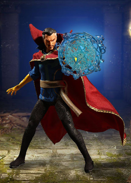 osw.zone Dr. Stephen Strange, MD was once a prominent but selfish surgeon.  Check out MEZCO Toys One: 12 Collective 1 / 12th scale Doctor Strange 16 cm high action figure