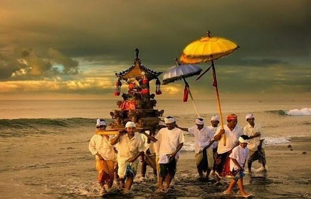 Nyepi: Saat Semua Semakin Cepat, Bali Berani Menyepi