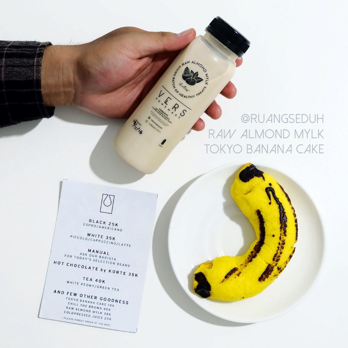 kafe-unik-jogja-ruang-seduh-tokyo-banana-cake-ajengmas