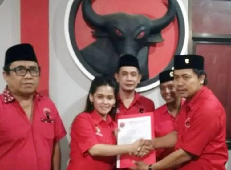 Ketua Fraksi PDI Perjuangan DPRD Kota Tangerang Selatan Resmi Di Ganti