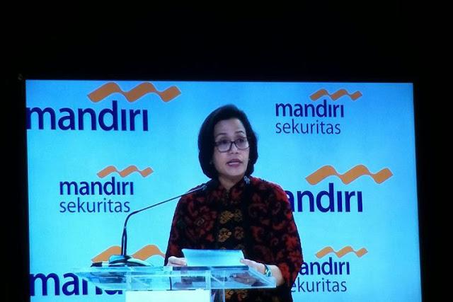 Menteri Keuangan Sri Mulyani Indrawati saat menjadi pembicara di acara Mandiri Investment Forum di Jakarta