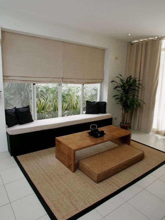 Desain Ruang Tamu Sederhana Lesehan Tanpa Kursi Sofa