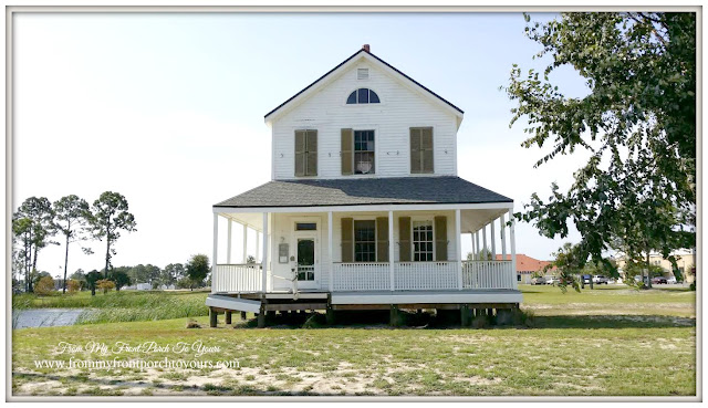 Farmhouse-Places to visit-Cape San Blas Lighthouse- Port St. Joe, Florida-From My Front Porch To Yours