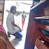 Isang Homeless Man ang matiyagang naghintay para makakuha ng communion ang nireject ng isang Lay Minister