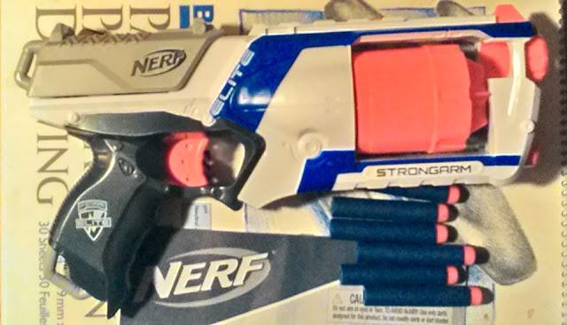 Strongarm, Nert, Nerf blaster, Hasbro