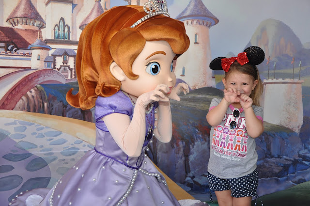 Onde encontrar as Princesas na Disney - Princesinha Sofia