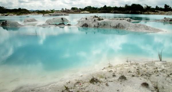 Wisata Danau Koalin Bangka Selatan