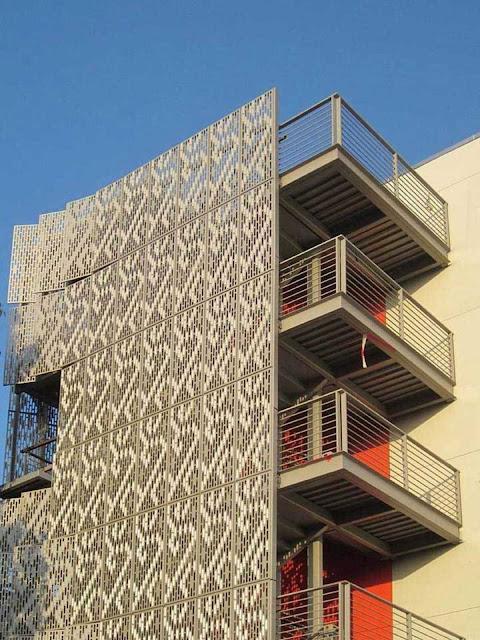 06-28th-Street-Apartments-by-Koning-Eizenberg
