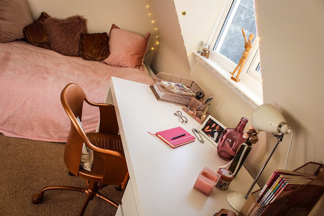 pink and rose gold office bedroom