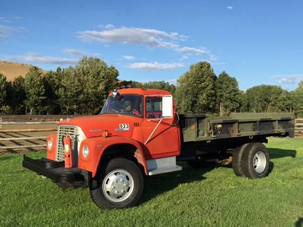International Loadstar 4x4 Truck - 4x4 Cars