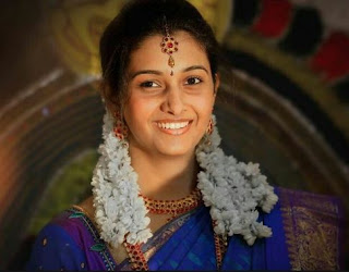 Priya Bhavani Shankar Family Husband Son Daughter Father Mother Marriage Photos Biography Profile