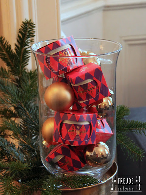 Matcha Weihnachtskekse backen bei Kissa Tea