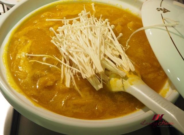 braised pumpkin soup with enoki mushroom recipe