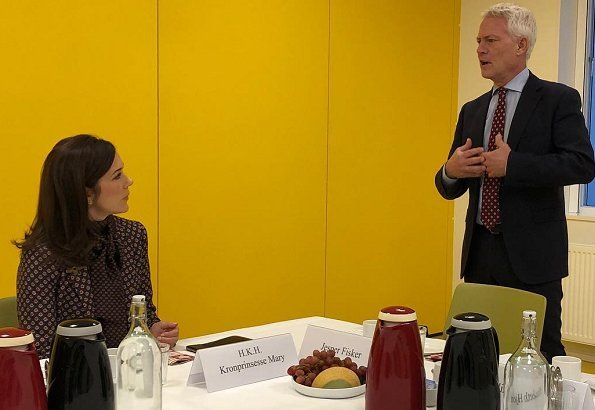 Crown Princess Mary attended a meeting with Managing Director of the Danish Cancer Society, Jesper Fisker