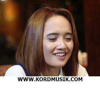 Kunci Gitar Edot Arisna - Abdullah