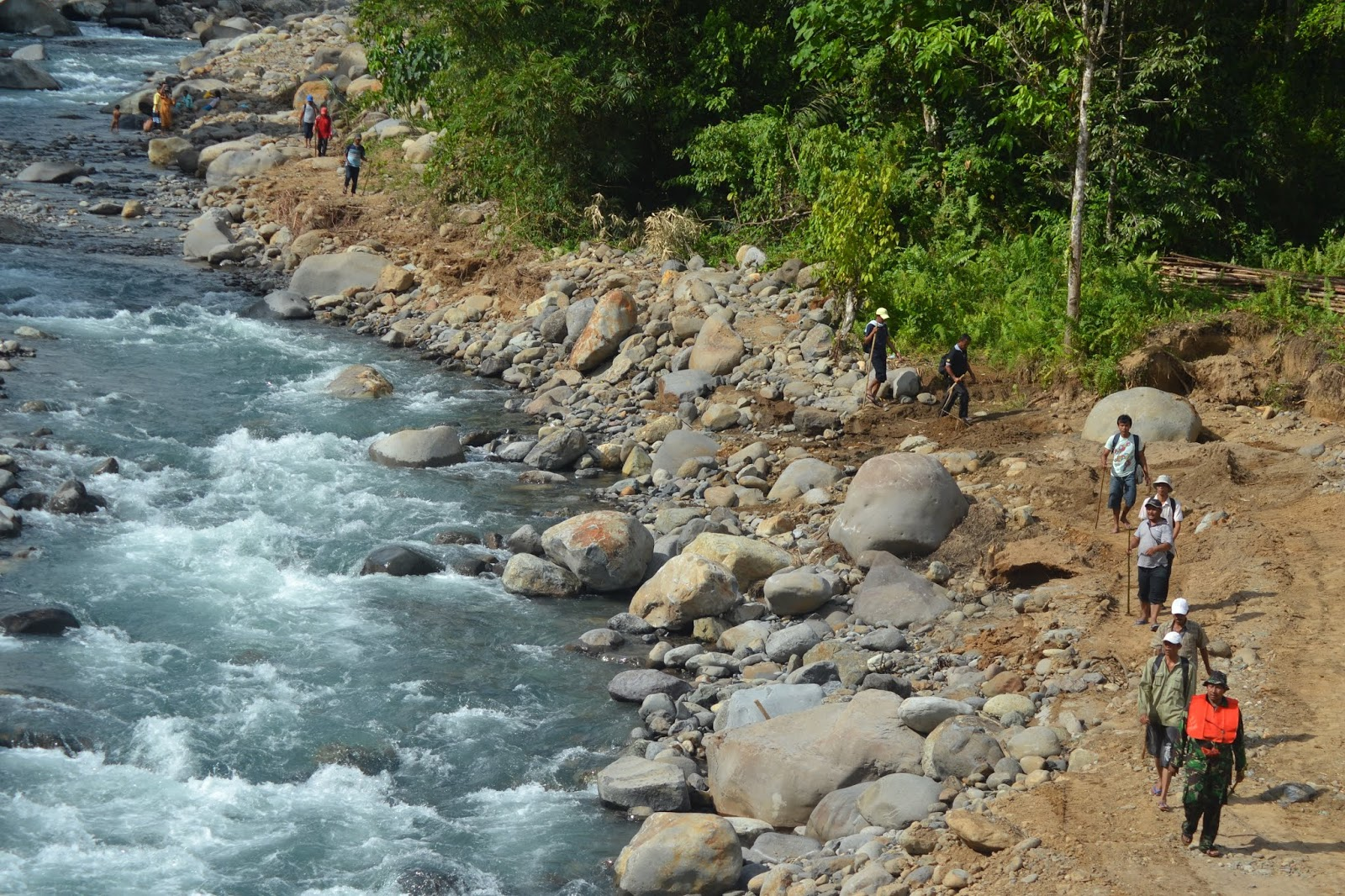 Guratan Tinta Anak Desa Misteri Lubuak Ungun Destinasi Wisata Menawan
