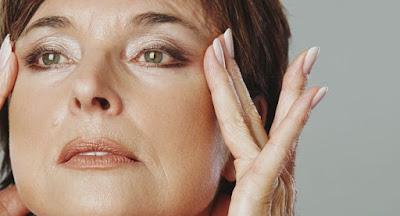 7 mauvaises habitudes qui vous vieillissent rapidement