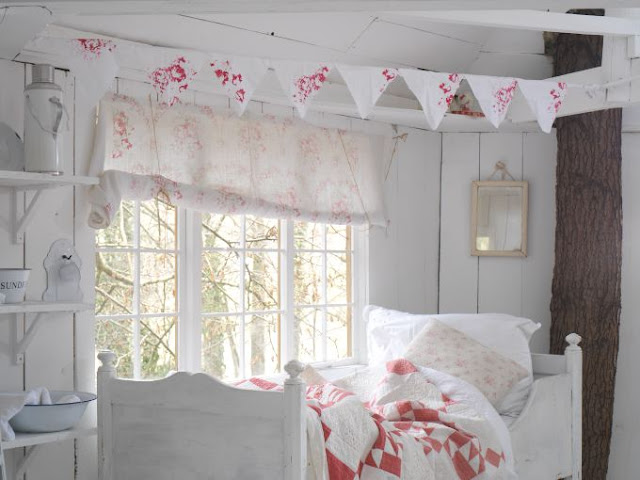 notes by cabbages roses cabbages roses 17th birthday. Black Bedroom Furniture Sets. Home Design Ideas