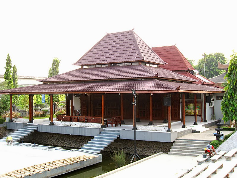 Traditional House In Indonesia Mannaismaya Adventure39s