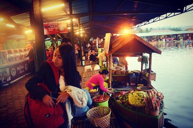 foto floating market di lembang