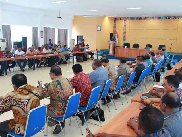 Masyarakat Papua Diharapkan Terima Keputusan Penundaan Perekrutan CPNS