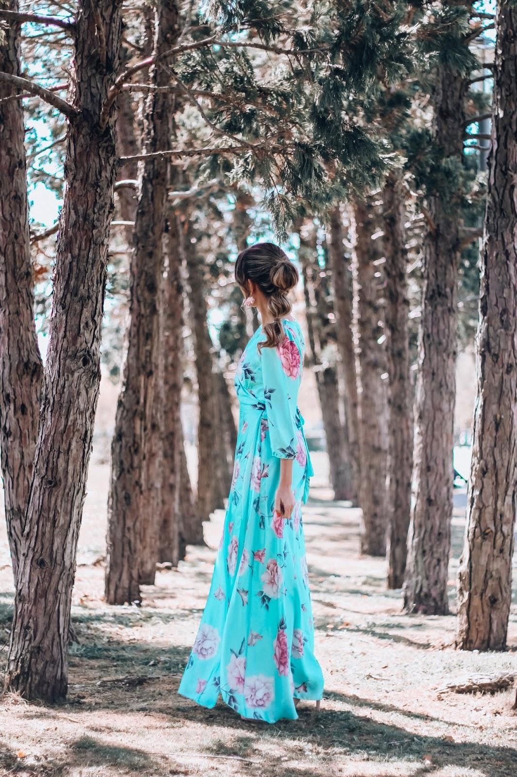 invitada con vestido largo