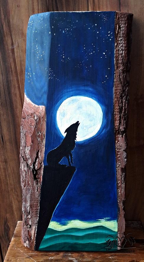 Wilk w świetle księżyca