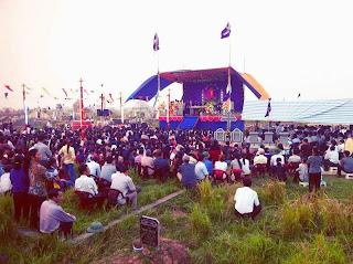 Thánh lễ cầu cho các đẳng linh hồn tại nghĩa địa Kiên Lao 2013