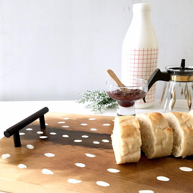 DIY-fawn-deer-print-wood-tray-2