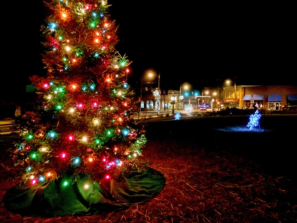 Mountain Christmas.Have A Jolly Holiday In Black Mountain N C