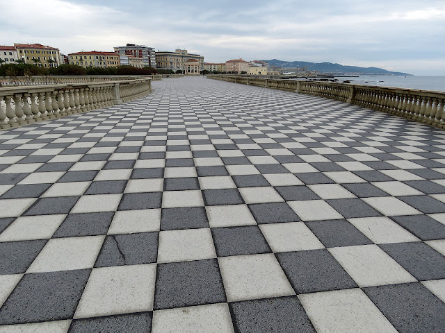 Terrazza Mascagni, Viale Italia, Livorno