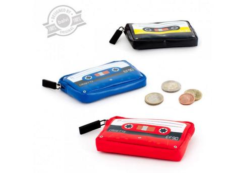 Regalo económico y original: Monedero retro cassette