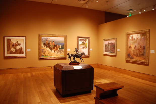 Simple Girl Booth Western Art Museum