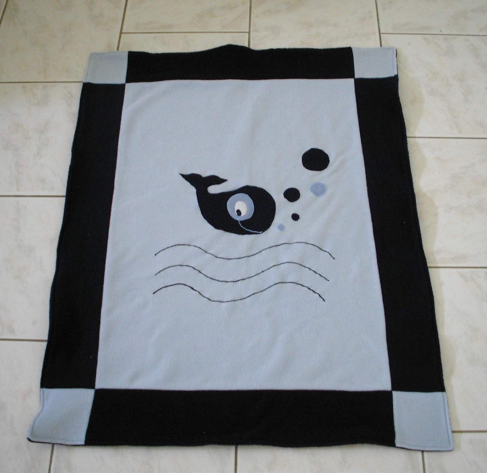 ma tambouille cr ative couverture baleine pour lit b b. Black Bedroom Furniture Sets. Home Design Ideas