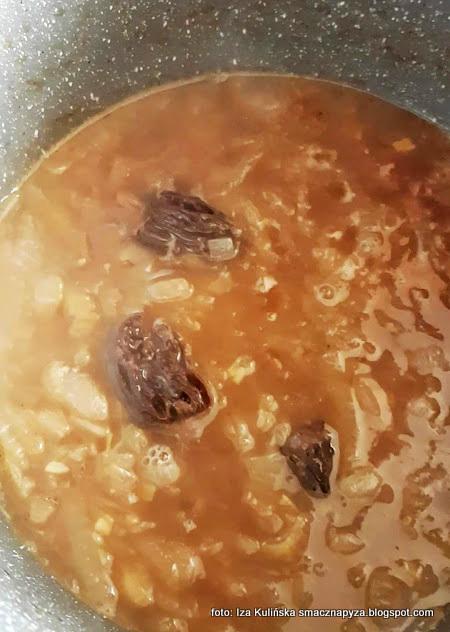 zupa cebulowo smardzowa, krem z cebuli, z grzybami, smardze