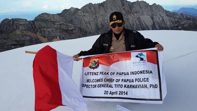 Wisata Salju Di Puncak Daratan Indonesia Jayawijaya Papua