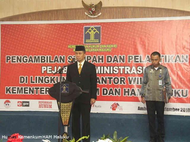 Tholib Lantik Pejabat Eselon IV dan v di Kanwil KemenkumHAM Maluku