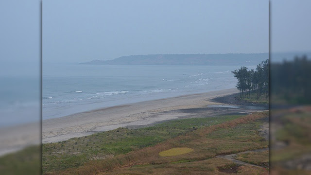 Aare Ware Beach - Famous Sea Beach of Maharashtra