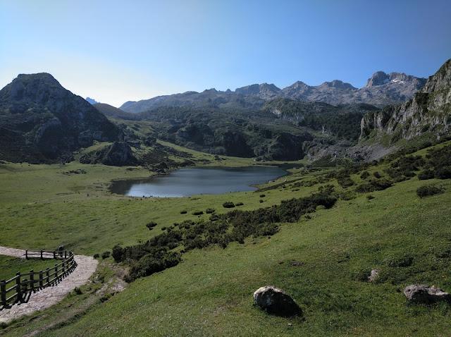 Lago Ercina desde el Mirador de Entrelagos