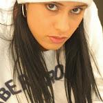 Andrea Rincon, Selena Spice Galeria 19: Buso Blanco y Jean Negro, Estilo Rapero Foto 42