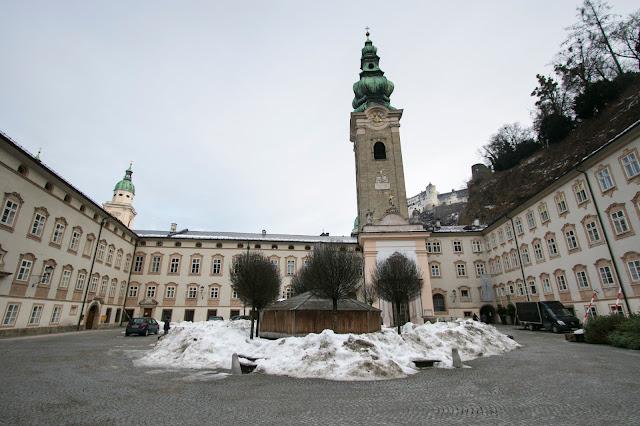 Esterno della Stiftskirche Sankt Peter-Salisburgo