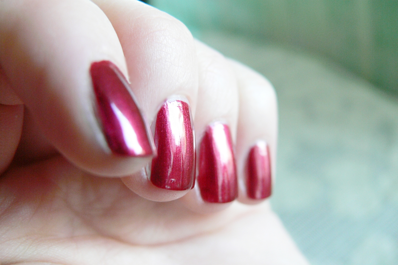 lakier Avon Gel Finish Red Velvet