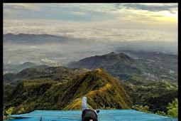 Gunung Telomoyo, Gunung Mungil dengan Landasan Paralayang yang instagramable