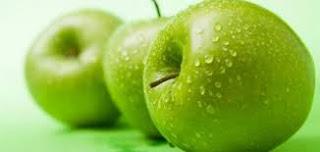 فوائد التفاح الأخضر للأنسان والأسنان