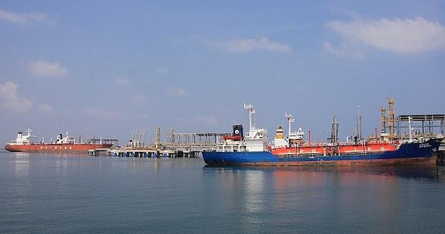 Nhập khẩu xăng dầu từ Trung Quốc tăng 110% trong 11 tháng đầu năm