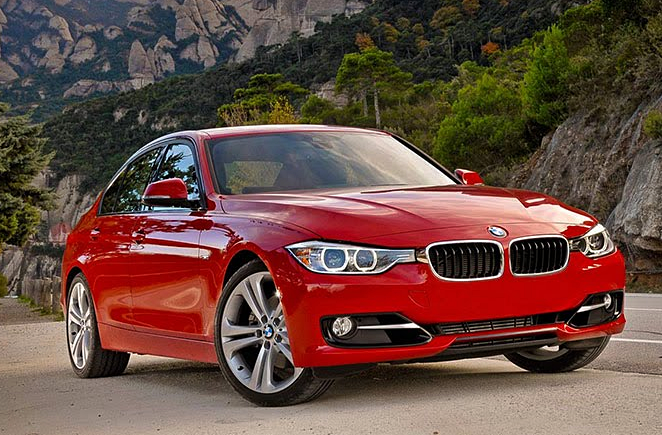BMW 3 Series Offers Sleek Drive and Engine Performance