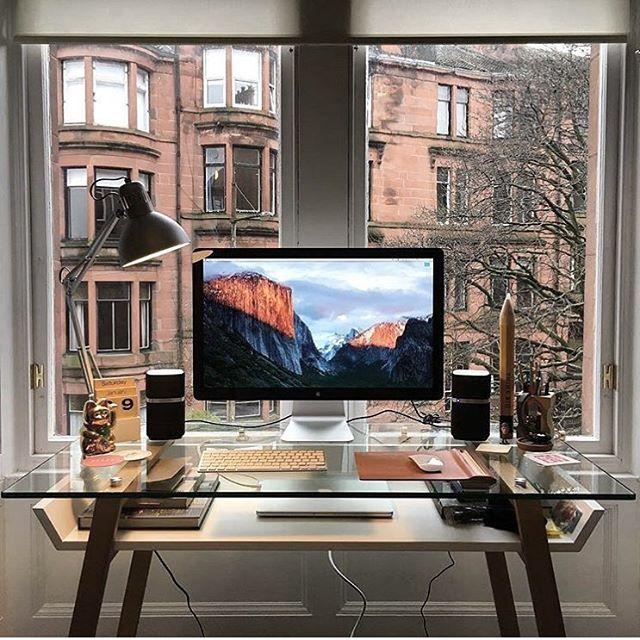 desain ruang kantor bagus dengan kayu