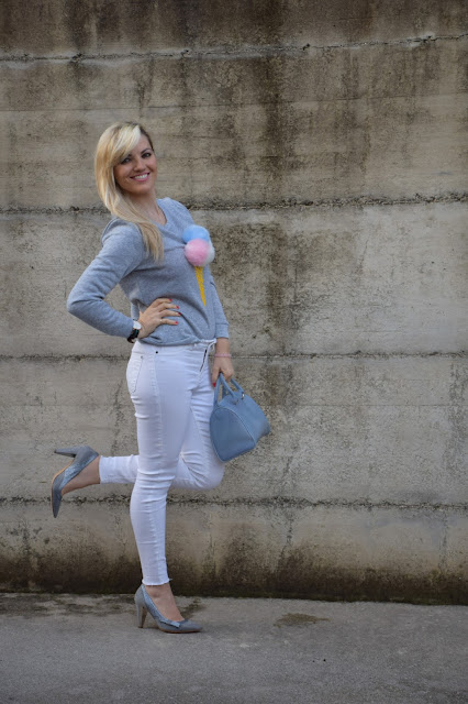 jeans skinny bianchi senza orlo come abbinare i jeans senza orlo abbinamenti jeans senza orlo jeans senza orlo street style mariafelicia magno fashion blogger colorblock by felym fashion blogger italiane blogger italiane di moda outfit febbraio 2017 web influencer italiane jeans bianchi street style