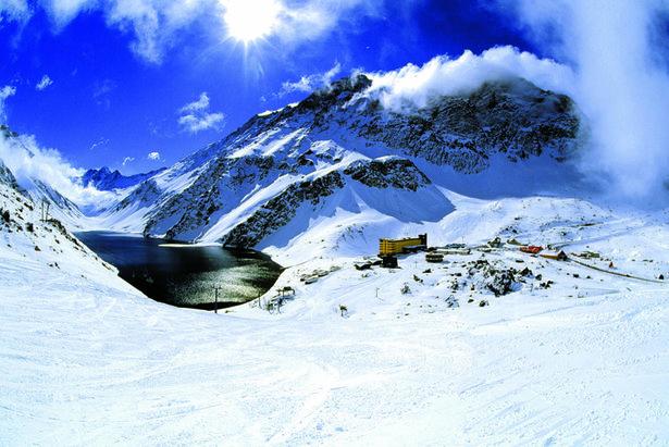 Ponto turístico: Estações de Esqui em Santigo no Chile